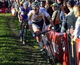 Stybar holds a gap over Aernouts © Bart Hazen