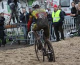 Sven Nys finesses through the sand © Bart Hazen