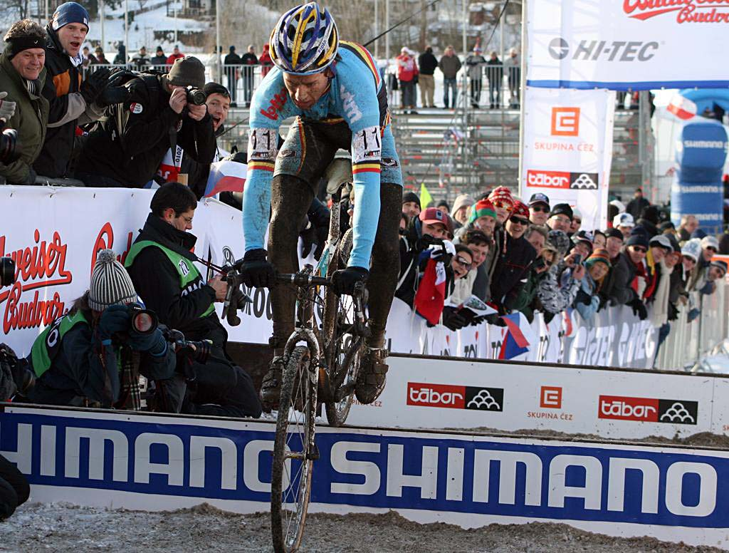 Tom Meeusen put on a good show, hopping the barriers, but had a late costly bobble. 2010 U23 Cyclocross World Championships. ? Bart Hazen