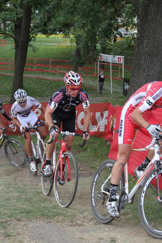 Page is chasing Kabush up the hill © Amy Dykema