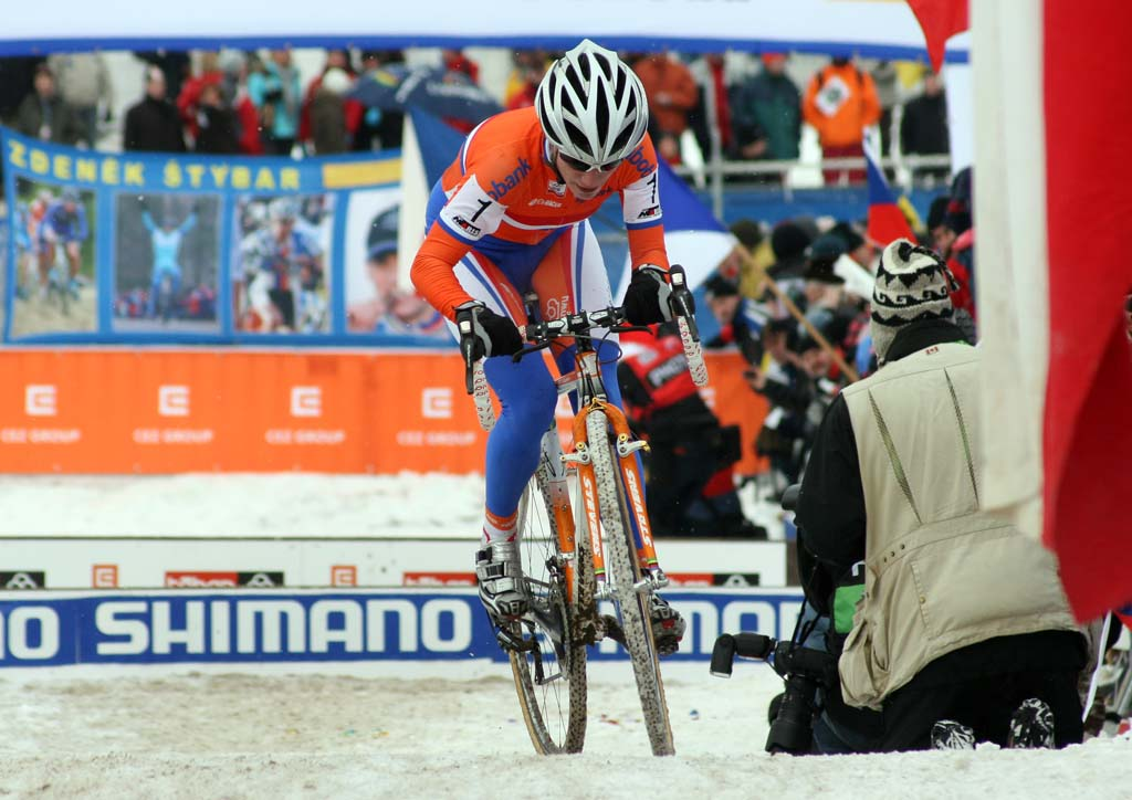 Vos' handling of the course was unmatched. ? Bart Hazen