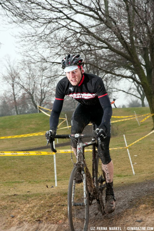 Paul Mumford (Kinky Llama Racing) finished third in a very competitive Men\'s 2/3 field. ©Liz Farina Markel