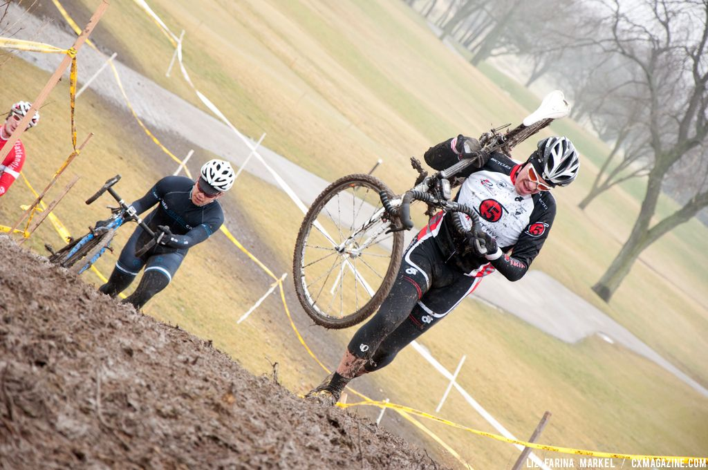 Shawn Delk (Project 5 Racing) charges up the hill in the 30-plus. ©Liz Farina Markel