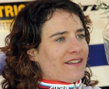 Marianne Vos shows the gold medal