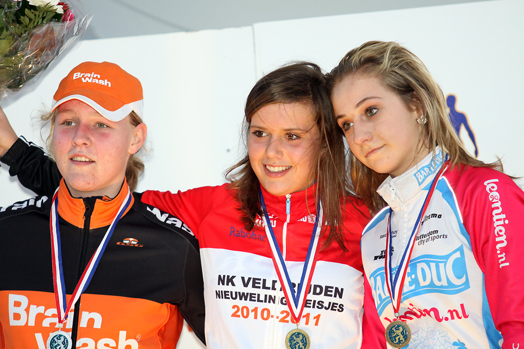 The podium of the women\'s youth: Lotte Eikelenboom - Evy Kuijpers - Chanella Stougje ©Bart Hazen