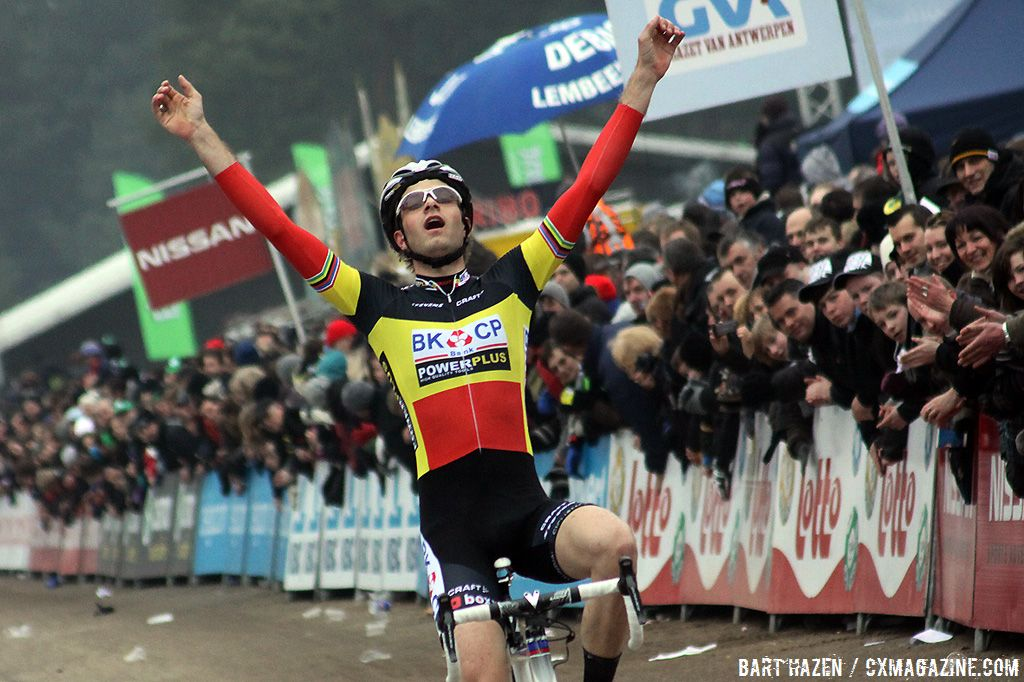 Niels Albert takes the win in Oostmalle