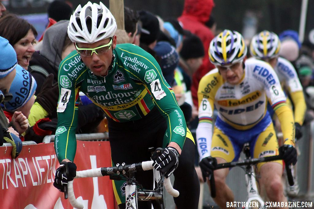 Sven Nys leads the chase behind Niels Albert