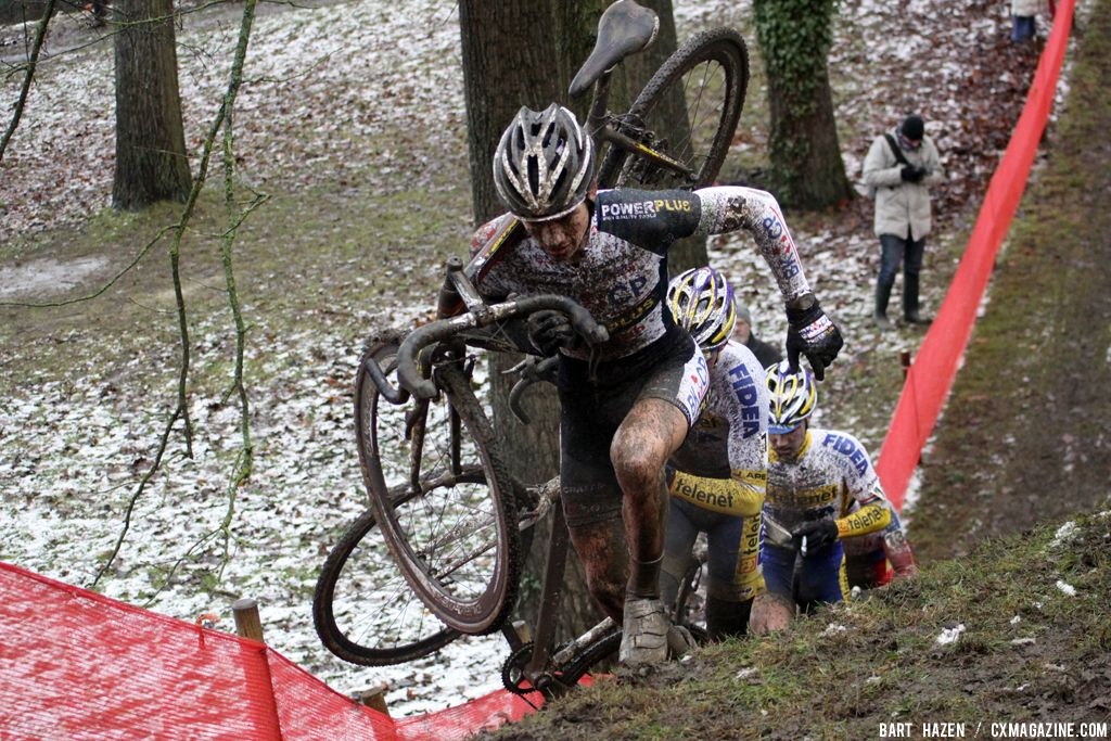 David van der Poel leads the chasing group © Bart Hazen