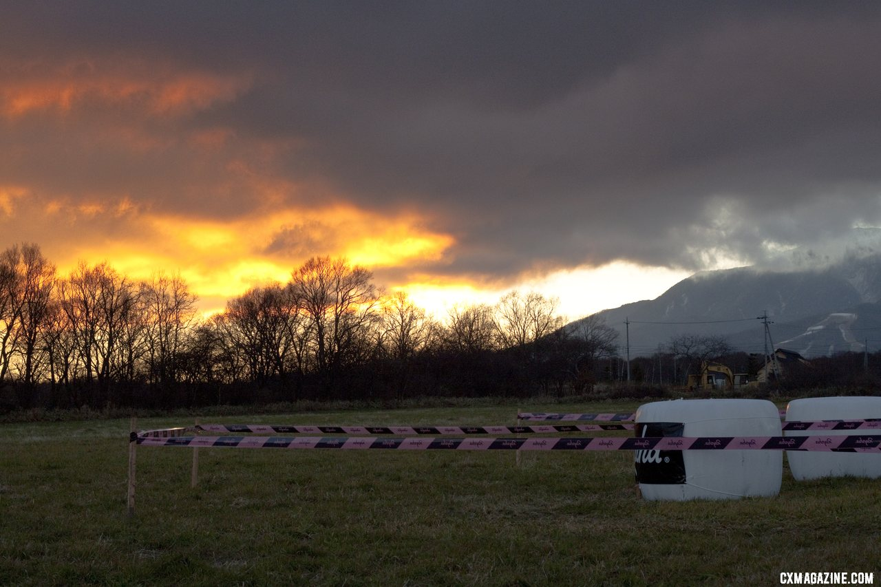 Great sunsets and cold evenings were on tap for the weekend. 2011 Nobeyama, Japan UCI Cyclocross Race. © Cyclocross Magazine