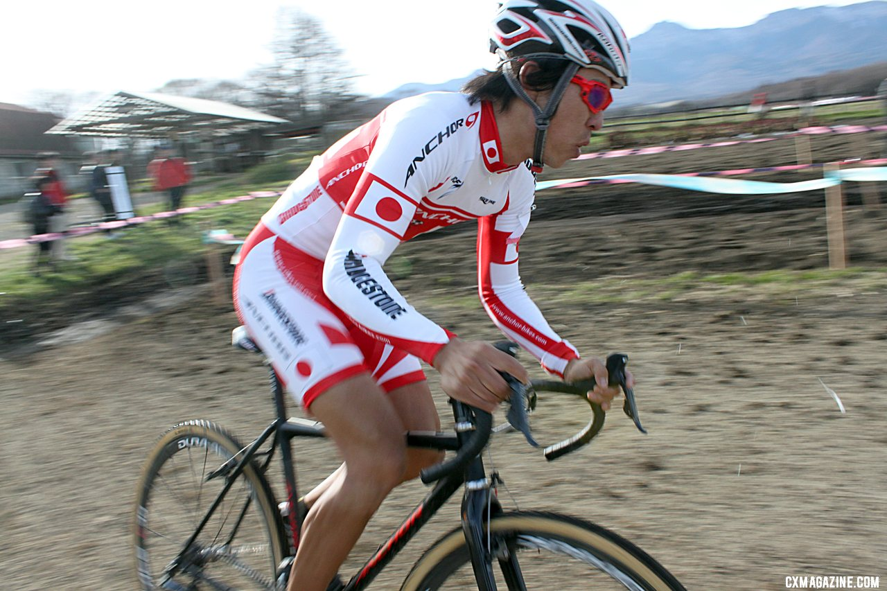 Tsujiura on the attack. 2011 Nobeyama, Japan UCI Cyclocross Race. © Cyclocross Magazine