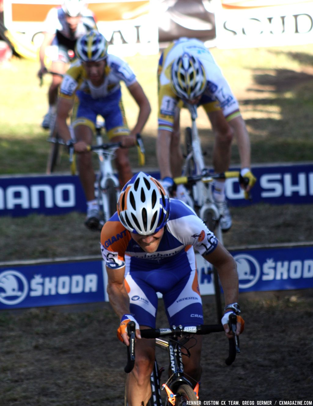 Men\'s Chase Group bunny hops the barriers. © Renner Custom CX Team, Gregg Germer