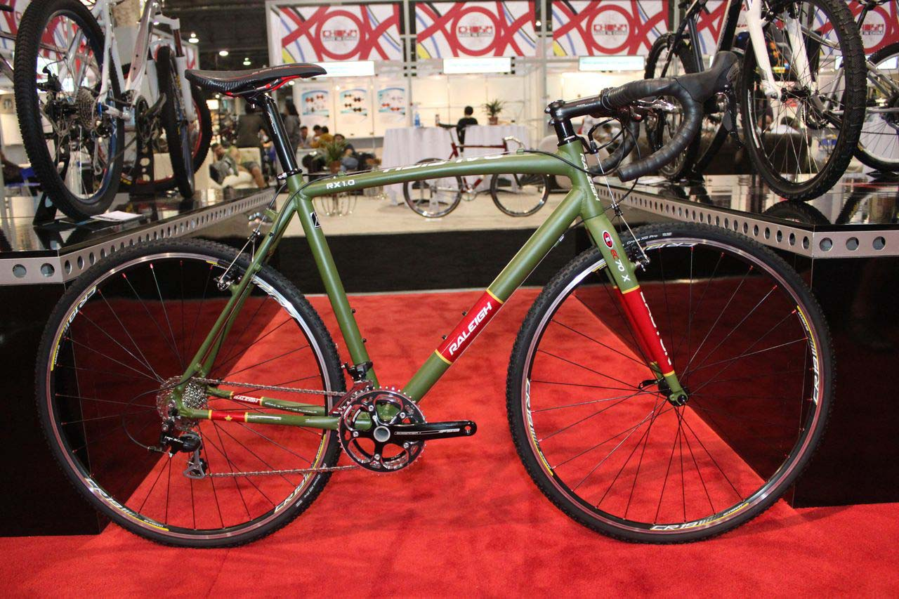 The 2011 Raleigh RX 1.0. © Cyclocross Magazine