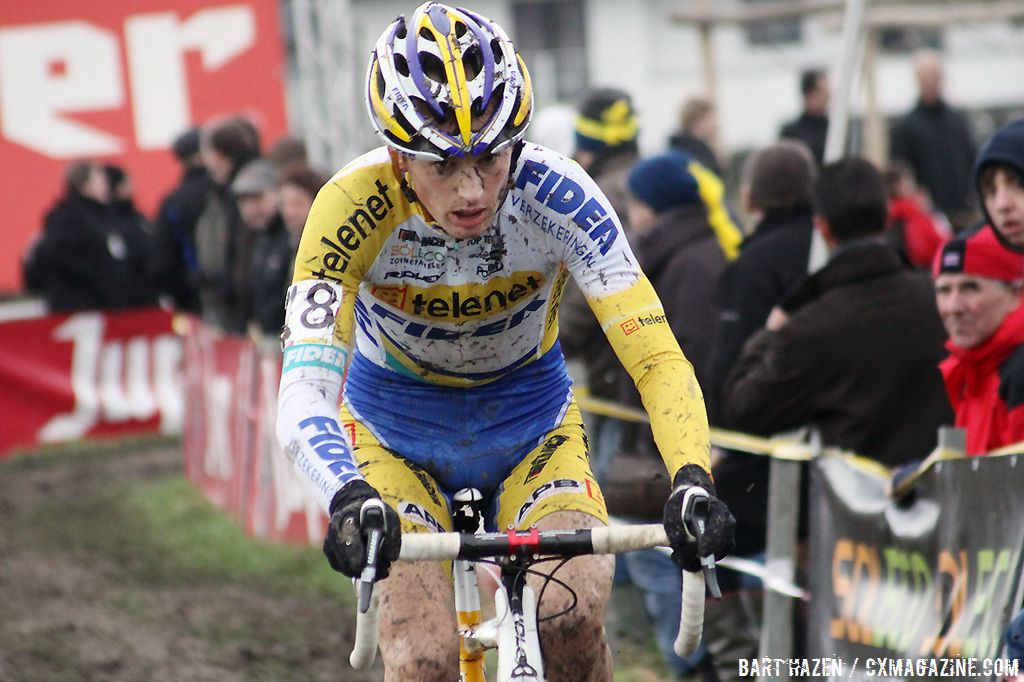 Kevin Pauwels solos to  second