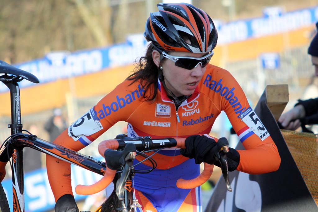 Sabrina Stultiens was one of five Dutch riders in the top 20. © Bart Hazen