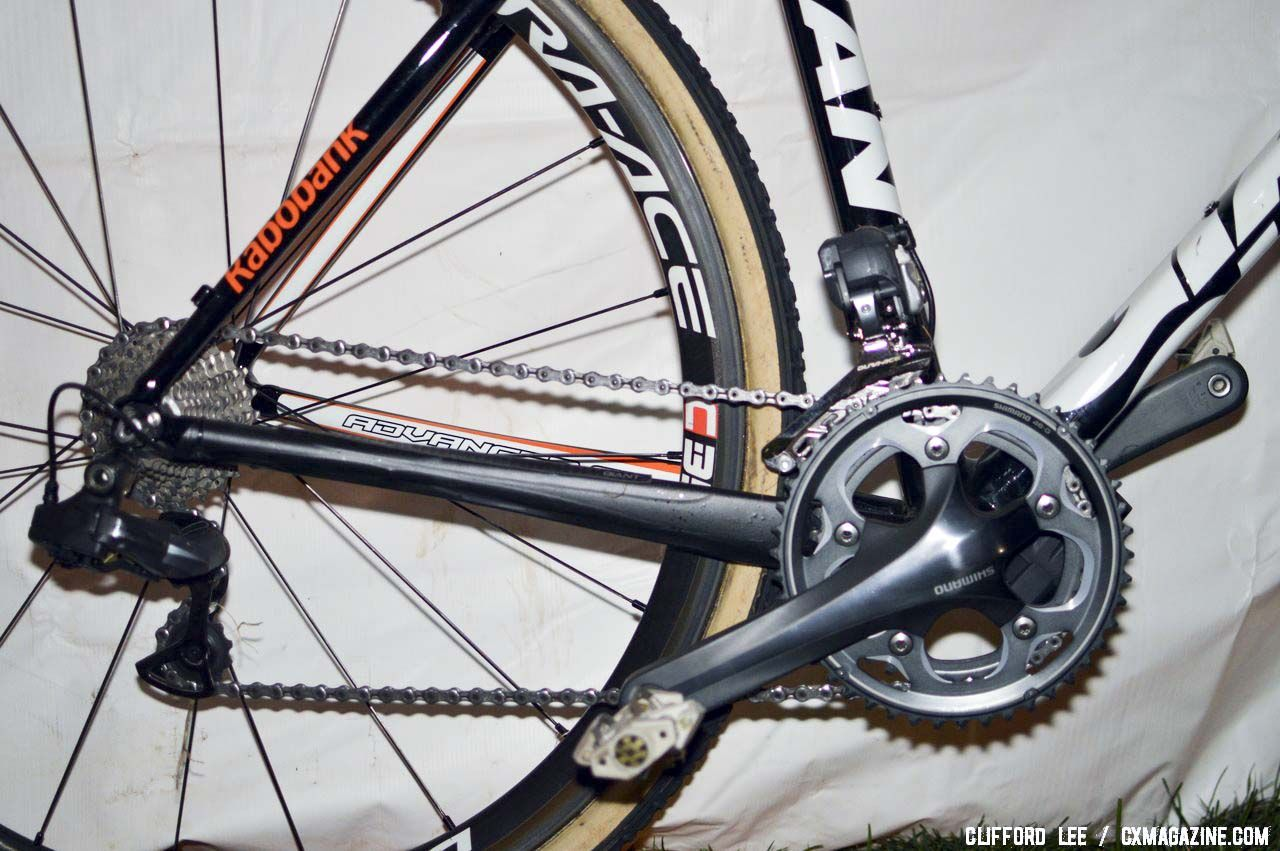 A Ultegra-level Shimano CX70 cyclocross crankset supplements the Dura-Ace Di2 drivetrain. © Cyclocross Magazine