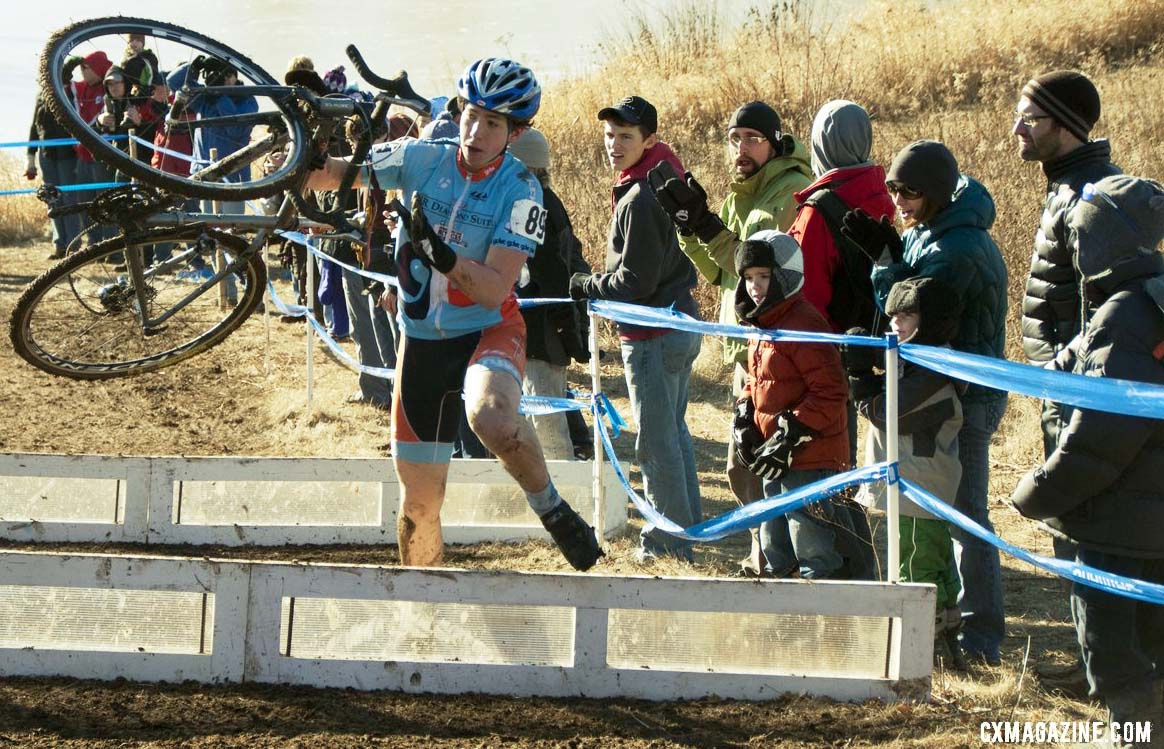 Everyone has their own carrying style. Junior men\'s 17-18 race, 2012 Cyclocross National Championships. ©Cyclocross Magazine