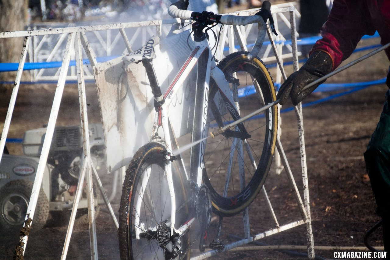With the frequent exchanges, power washer workers spent lots of time washing Owen\'s Redline. ©Cyclocross Magazine