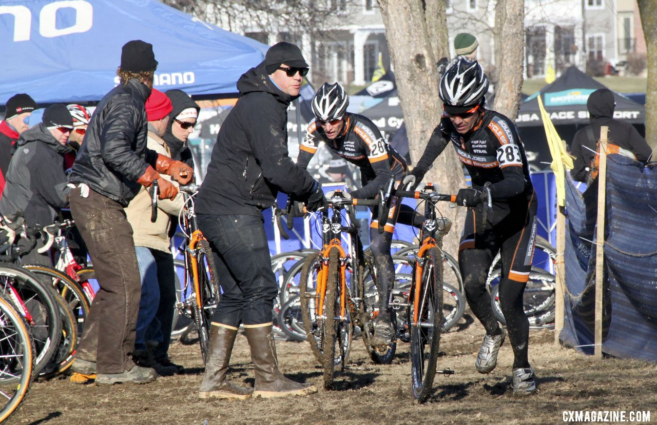 Dwight and Webber swap bikes in sync. 2012 Cyclocross National Championships, Masters Men 40-44. © Cyclocross Magazine