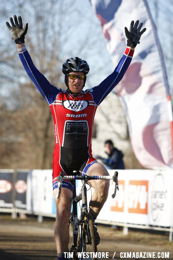 Don Myrah (Ibis/Buy-Cell.com) wins back-to-back Master Men 45-49 National Championships ©Tim Westmore