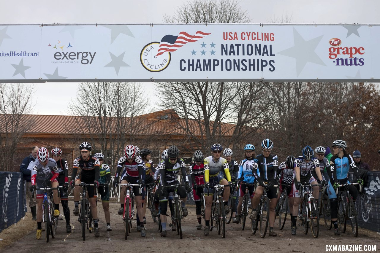 The Masters Women 35-39 at the start. © Cyclocross Magazine