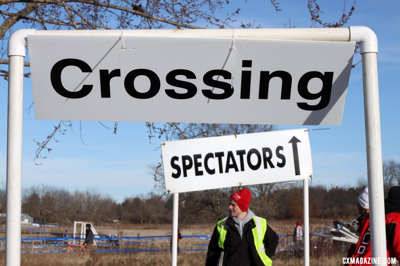 Great signage at the course. © Cyclocross Magazine
