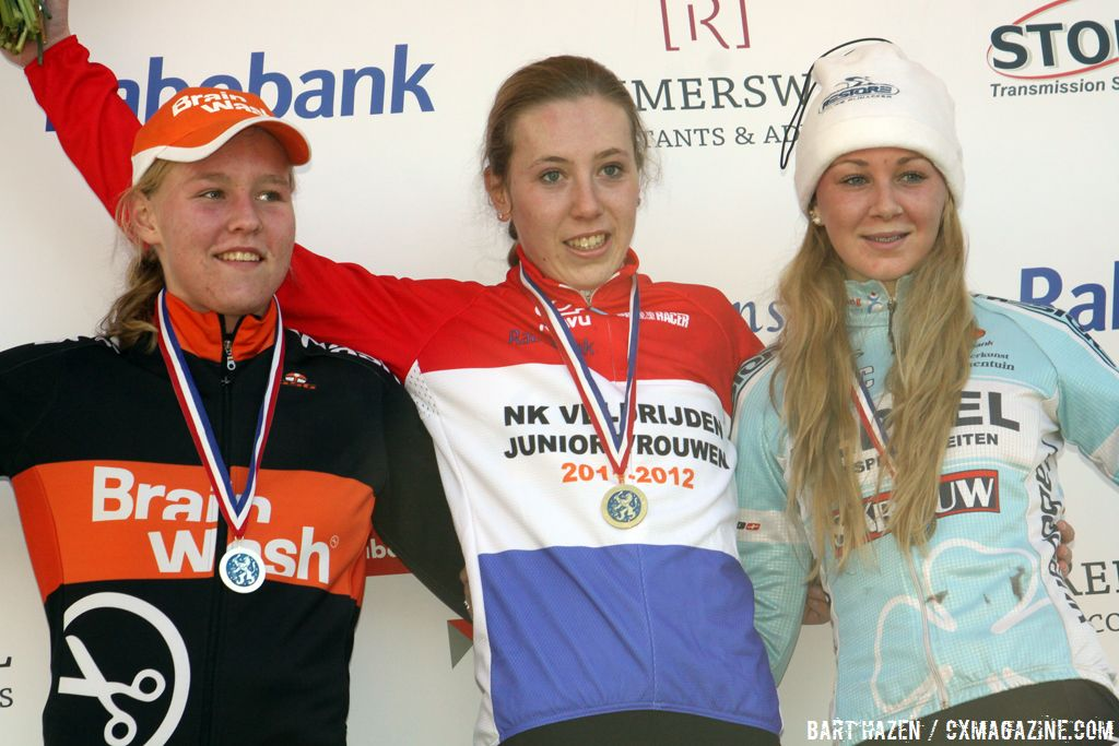 The junior women\'s podium (from L. to R.): Evy Kuijpers, Annefleur Kalvenhaar and Mascha Mulder.