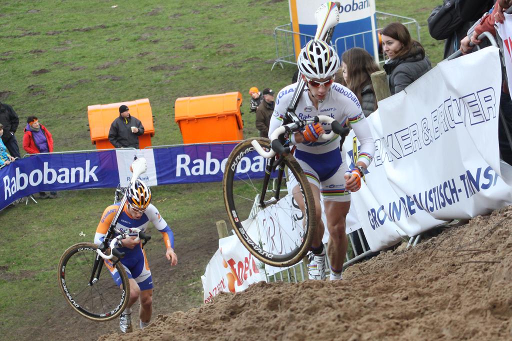 Van der Haar attacks Godrie