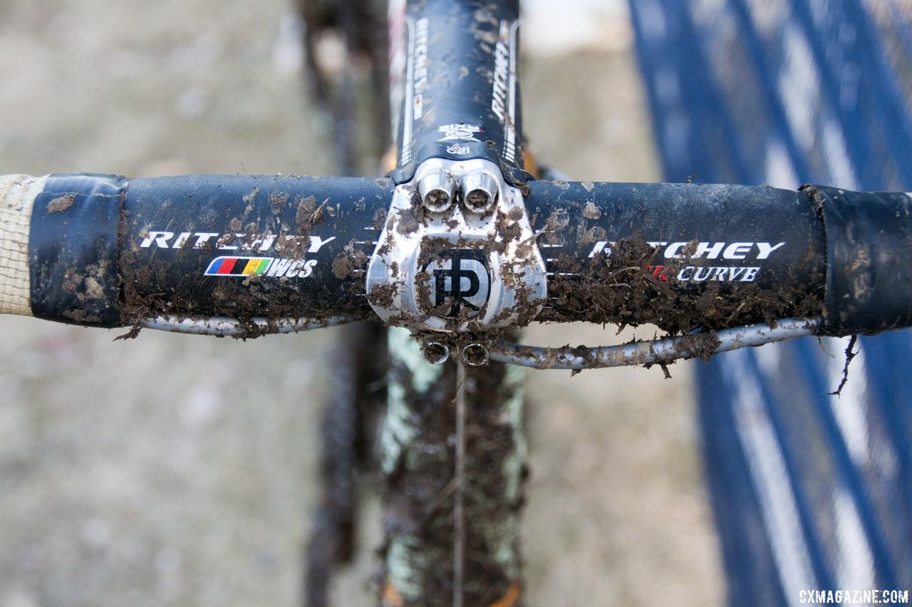 Ritchey WCS Evo Curve bars and WCS 4 Axis stem © Cyclocross Magazine