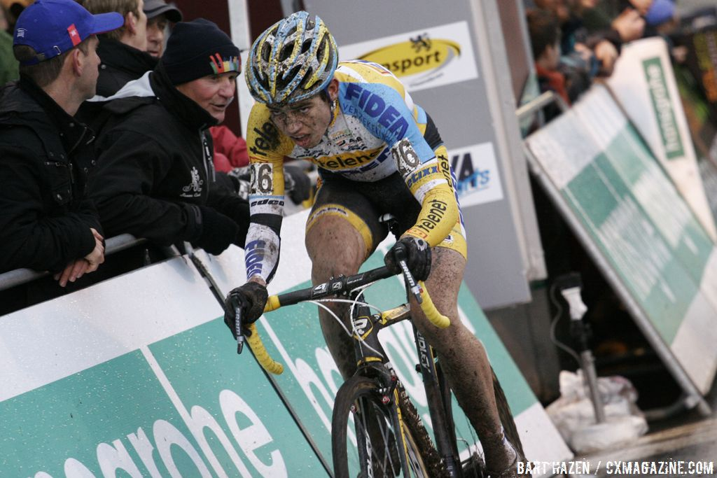 Wout van Aert couldn\'t keep the leaders\' wheels, but rode to third © Bart Hazen
