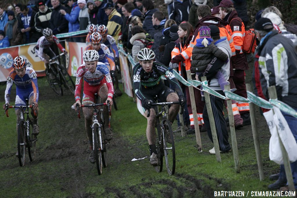 The U23 men navigating the difficult terrain at Superprestige Gieten  © Bart Hazen