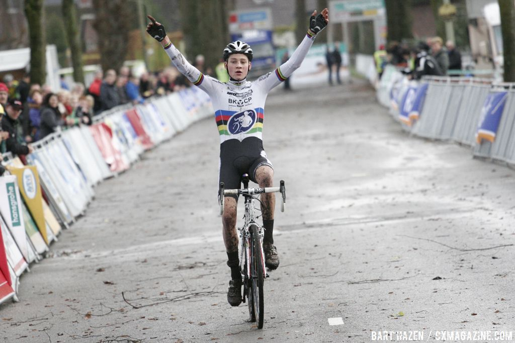 Mathieu van der Poel has won 13 straight races © Bart Hazen