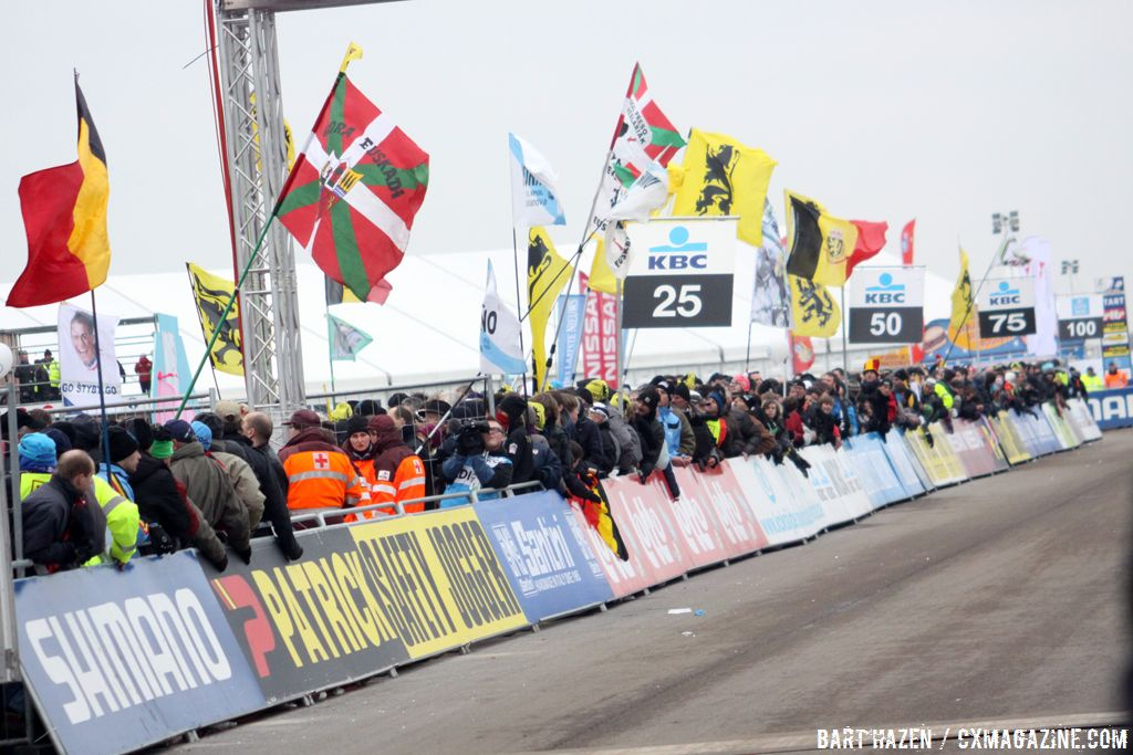 The massive crowds at the finish © Bart Hazen