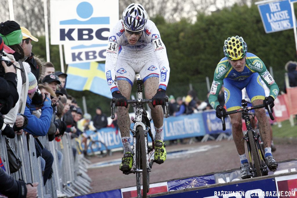 Steve Chainel leading Bart Aernouts © Bart Hazen