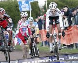 Albert and Taramarcaz opt to jump while Pauwels runs © Bart Hazen