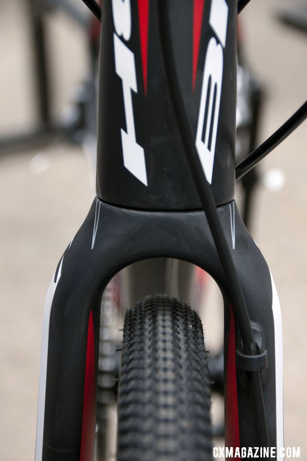 The front fork offers moderate clearance on the 2013 BH Bikes RX Team Disc carbon cyclocross bike. © Cyclocross Magazine