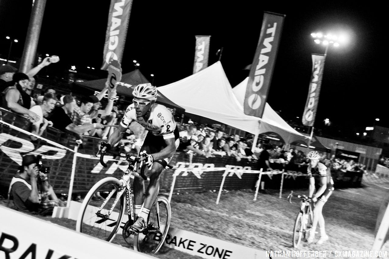Nys heads into the barriers while Trebon chases at Cross Vegas 2013. © Nathan Hofferber / Cyclocross Magazine