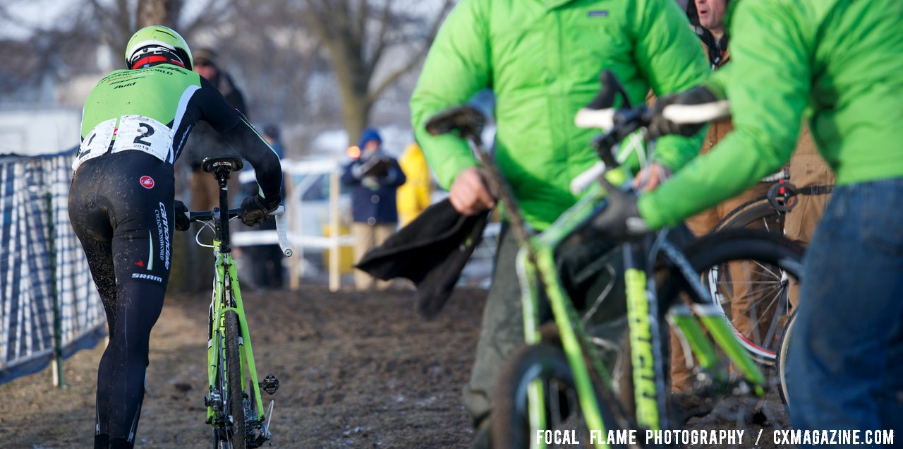 A whole lot of green was needed to keep the Canondale p/b CyclocrossWorld team running.  © Focal Flame Photography