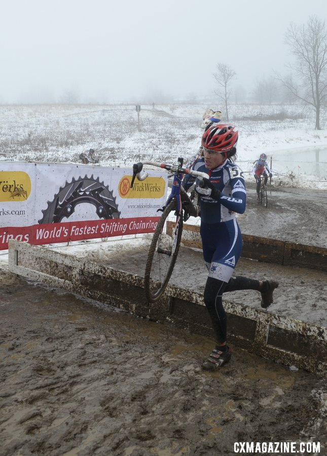 Mina Anderberg, 2012 13-14 Champ, raced to a strong 2nd in her first year as a 15-16 racer. © Cyclocross Magazine
