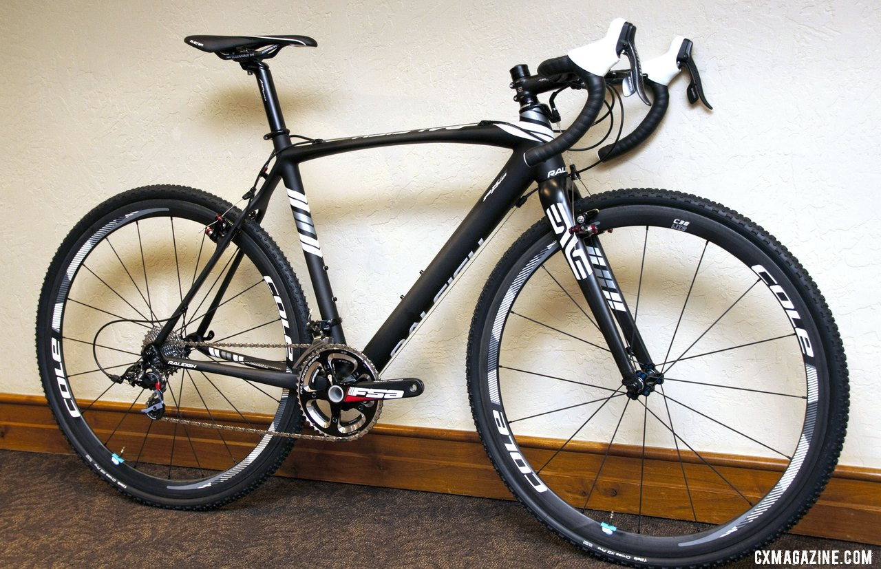 The RXC Pro features Avid Shorty Ultimate cantilevers and Cole C38 carbon wheels. © Cyclocross Magazine