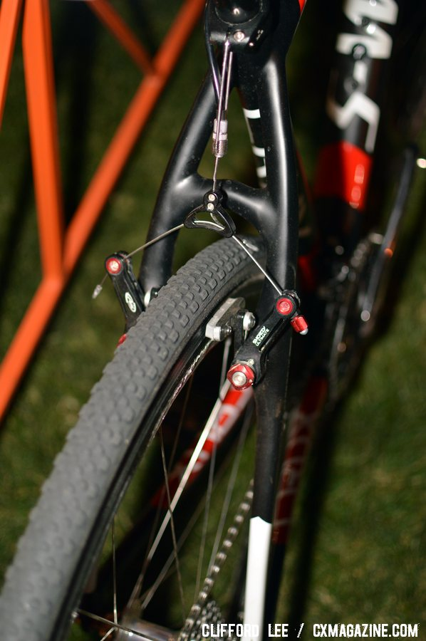 Specialized Tracer cyclocross tires and Avid Shorty Ultimate brakes handled Davison\'s traction and braking needs at CrossVegas. ©Clifford Lee / Cyclocross Magazine
