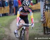 Sanne Cant preparing to dismount. © Bart Hazen / Cyclocross Magazine
