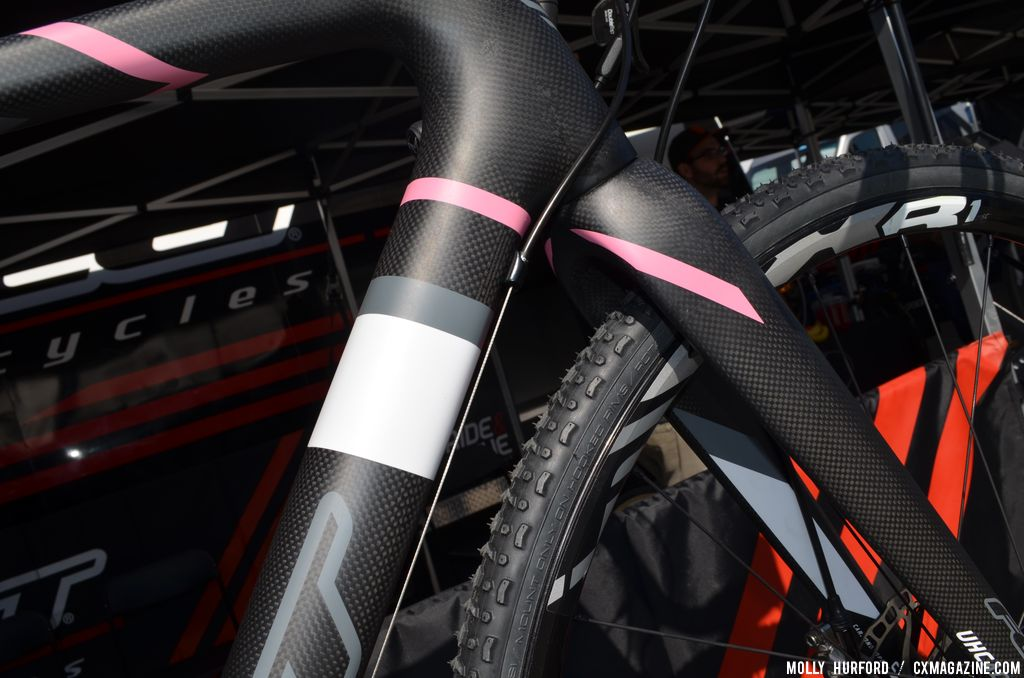 The paint scheme is new for the 2014 Felt F2X at Sea Otter 2013. © Cyclocross Magazine