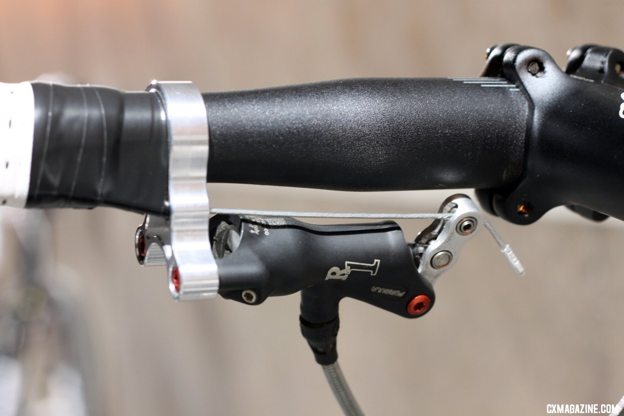 Summit Lab\'s 324 Brake Adaptor. © Cylcocross Magazine