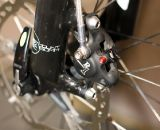 Summit Lab's 324 Brake Adapter lets cable-pull brake levers actuate a Formula R1 disc caliper. © Cylcocross Magazine