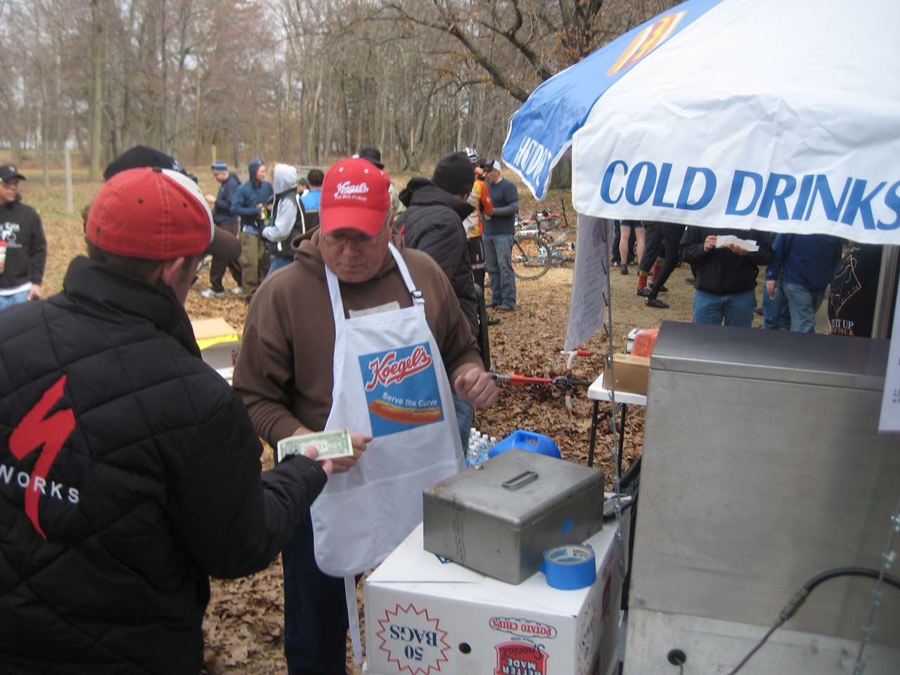 Chili dogs were a welcome sight to some weary racers. ? Brian Hancock