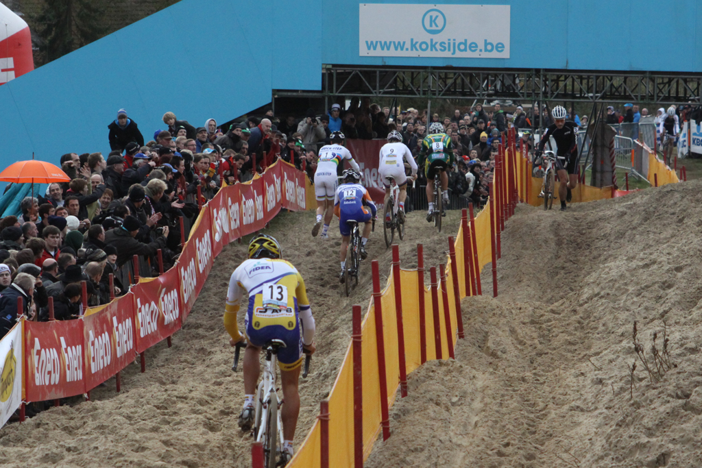 It was a long slog up the sand hill. ©Bart Hazen