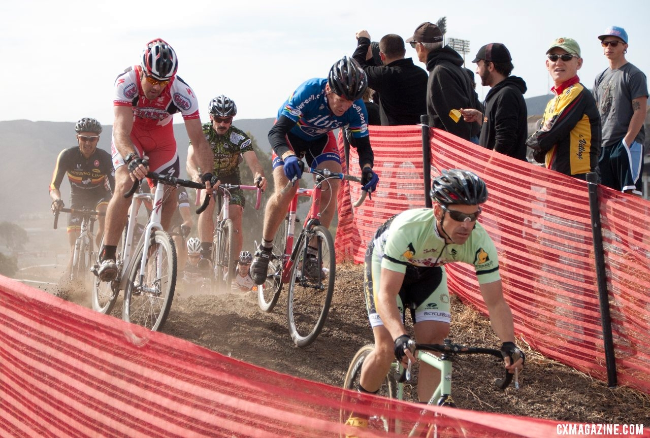 World Champ Don Myrah and former Worlds team member (and eventual winner) Justin Robinson contest the Masters race. © Cyclocross Magazine