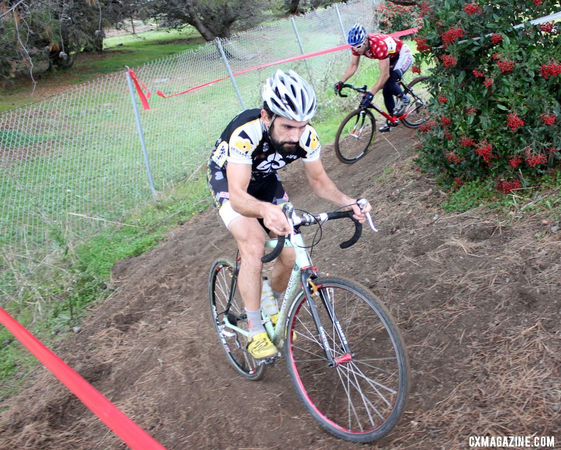 Wyandt leads Reaney with three to go. Bay Area Super Prestige 2010, Coyote Point Finals, 12/5/2010. ©
