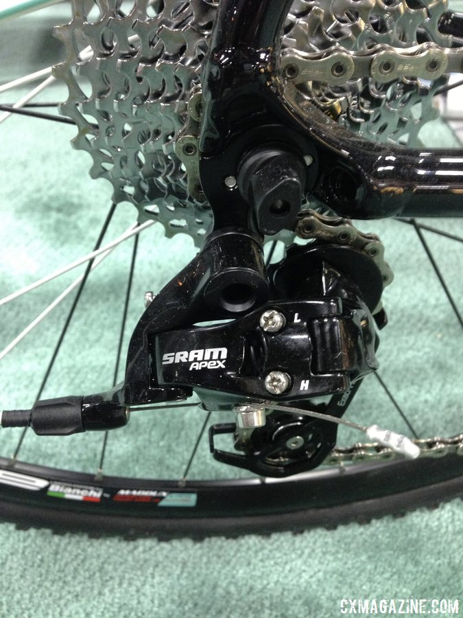 The Apex Wifli medium cage rear derailleur offers a low gear and versatility. © Cyclocross Magazine