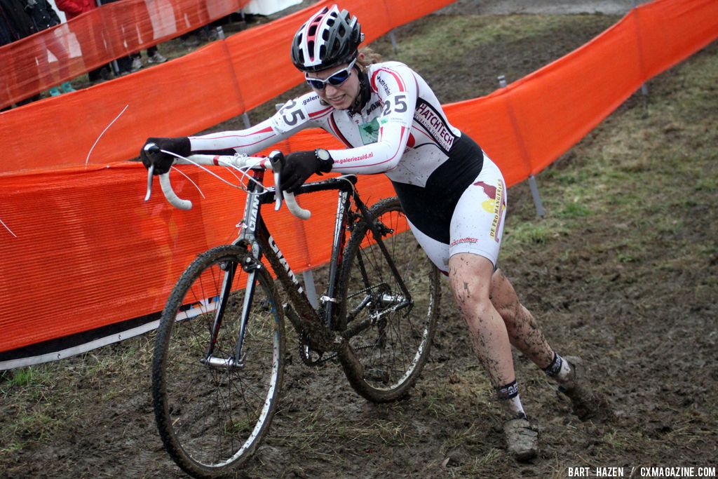 Iris Ockeloen at Cauberg Cyclocross. © Bart Hazen